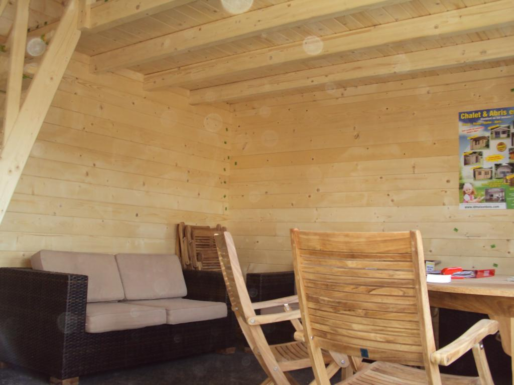 Chalet avec mezzanine chalet mezzanine sur enperdresonlapin for Mezzanine bois en kit