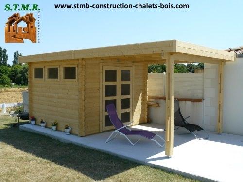 Chalet de jardin toit plat avec abri en madriers de 28 mm for Chalet de jardin 12m2