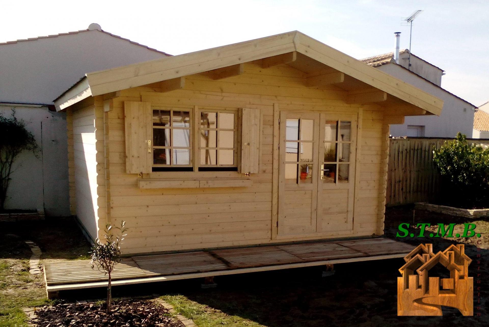 S jour en camping que choisir un chalet en bois ou un pod stmb construction for Bois construction chalet