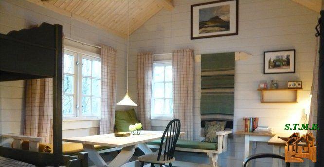 chalet en bois une allure naturelle. Black Bedroom Furniture Sets. Home Design Ideas