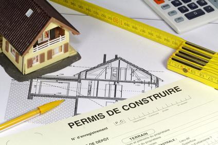 Chalet en bois le permis de construire for Faut il un permis de construire pour une veranda