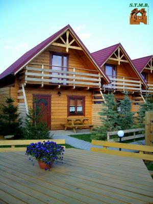 Les chalets et maisons en bois quand le modernisme rencontre l authenticite stmb construction