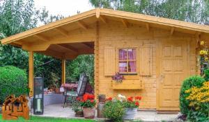 Maisonnette bois stmb construction 1