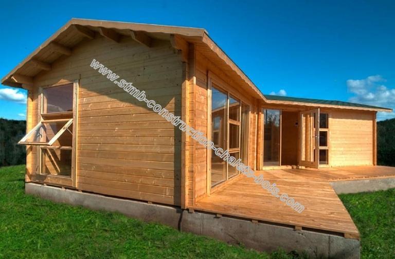 Chalet en kit mod le cognac 48 m avec terrasse couverte for Construction chalet bois 05