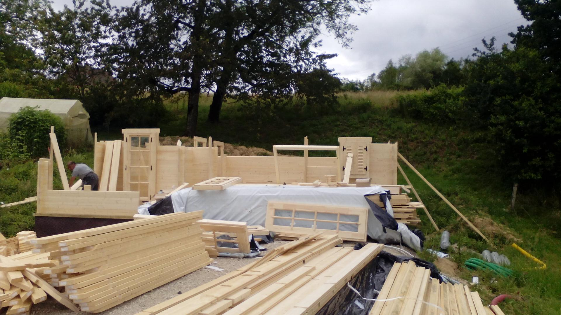 montage chalet en bois mod le ch ne stmb construction. Black Bedroom Furniture Sets. Home Design Ideas