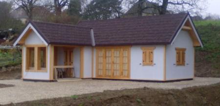 Montage chalet en bois mod le ch ne stmb construction for Construction bois 35