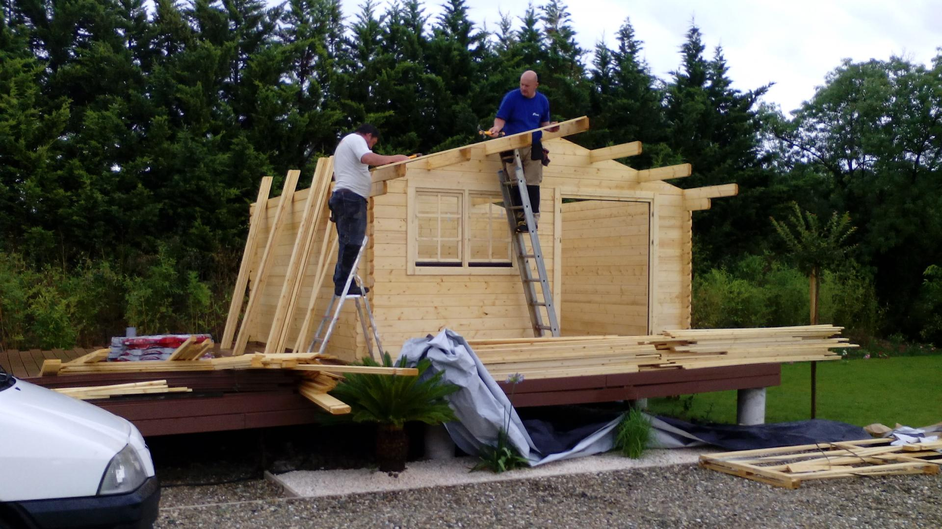 Fabricant de chalets de camping stmb construction for Construction en bois details